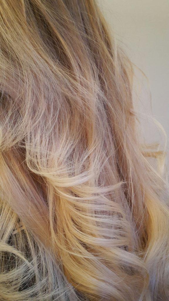 Juli = Sun kissed hair